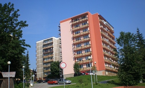 Obnova bytového domu – Námestovo | Z - MONT, s.r.o.